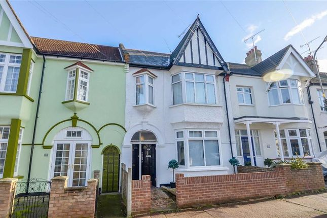 Thumbnail Flat for sale in Leigham Court Drive, Leigh-On-Sea, Essex