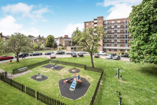 Thumbnail Flat for sale in Redlands Way, Tulse Hill / Brixton