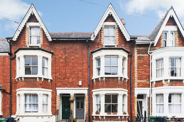 Thumbnail Terraced house for sale in Regent Street, East Oxford