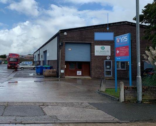 Thumbnail Industrial to let in 15/16 Bartlett Park, Lynx Trading Estate, Yeovil