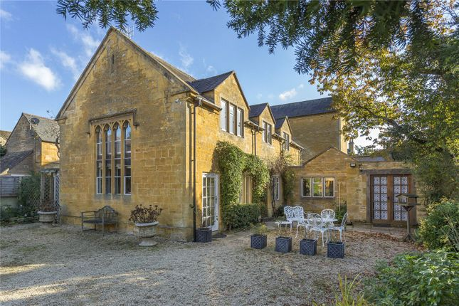 Thumbnail Property for sale in Oxford Street, Moreton-In-Marsh, Gloucestershire