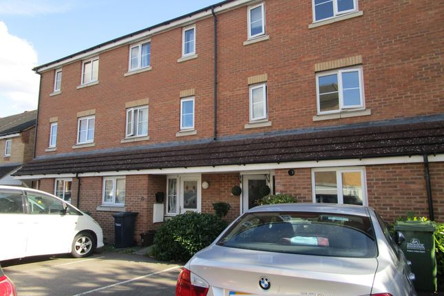 Thumbnail Property to rent in Huron Road, Broxbourne