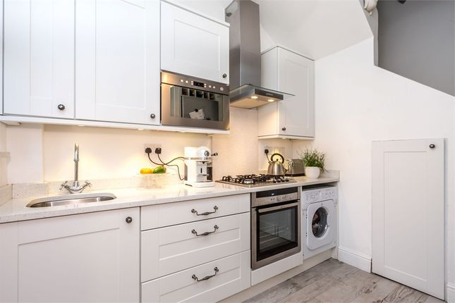 Thumbnail Terraced house to rent in Grove Road, Windsor, Berkshire