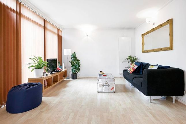 Thumbnail Flat to rent in Short Let, North Greenwich