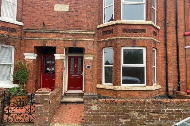 Thumbnail Terraced house to rent in Cambridge Street, Milton Keynes