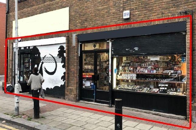 Thumbnail Retail premises for sale in New Goulston Street, London