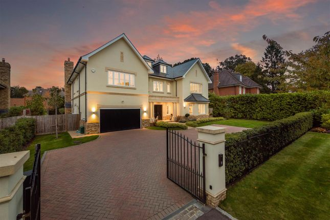 Thumbnail Detached house for sale in Devenish Lane, Ascot