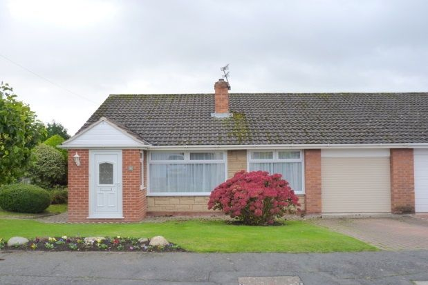 Thumbnail Bungalow to rent in Finstall Road, Spital, Wirral