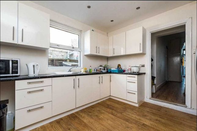 Kitchen of Griffin Road, London SE18