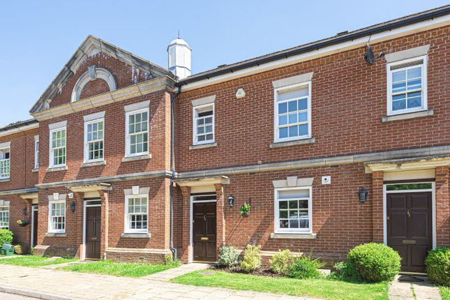 Terraced house for sale in Cayton Road, Coulsdon
