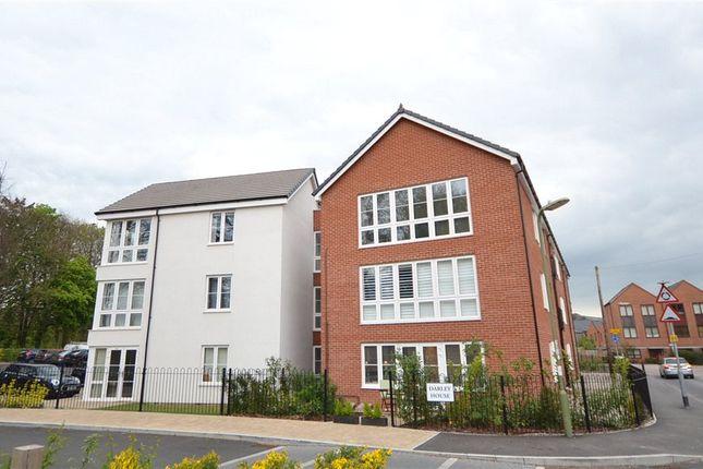Thumbnail Flat for sale in Darley House, Rooksdown Avenue, Basingstoke