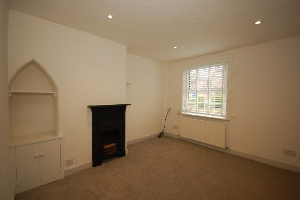 Thumbnail Property to rent in New Town, Uckfield