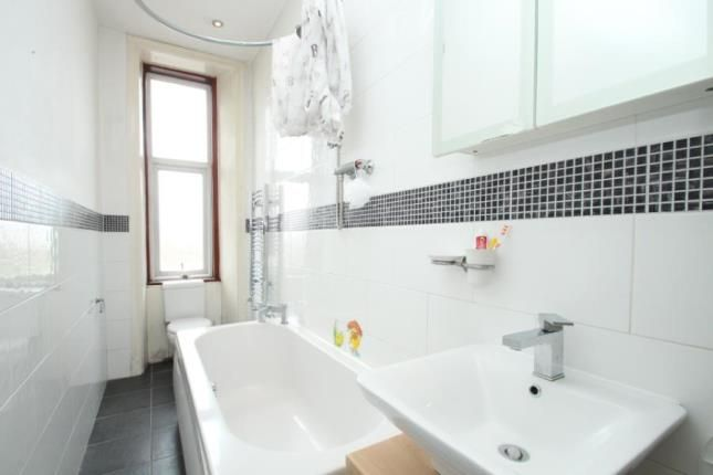 Bathroom of 2196 Dumbarton Road, Yoker, Glasgow G14