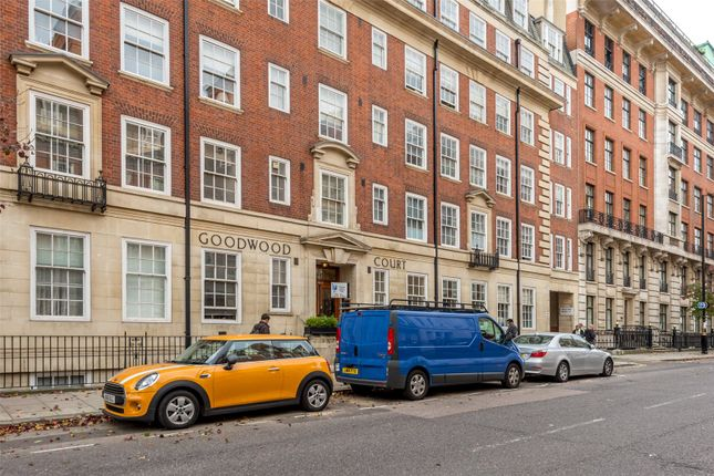 Picture No. 14 of Goodwood Court, 54-57 Devonshire Street, London W1W