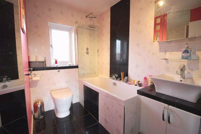 Bathroom of Dunnock Lane, Cottam, Preston PR4