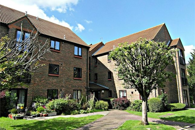 Thumbnail Flat for sale in Ballinger Court, Halsey Road, Watford, Herts