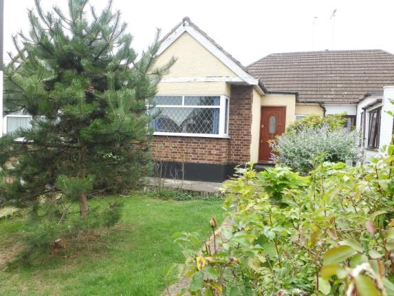 Thumbnail Bungalow for sale in High Road, Benfleet