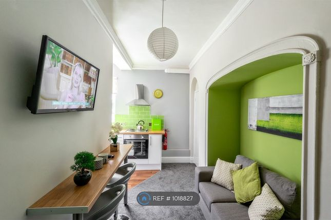 Thumbnail Flat to rent in College House, Worcester