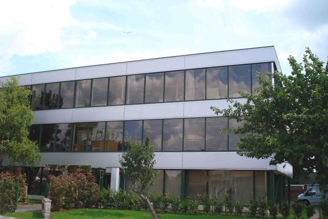 Thumbnail Office to let in 135 Somerford Road, Christchurch