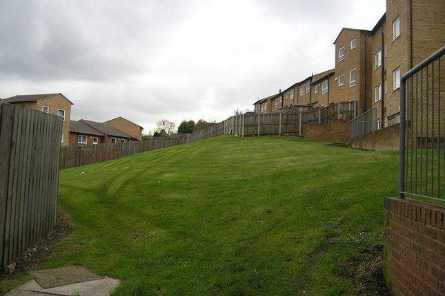 Park Grange Court 4 Rear Comunal Garden