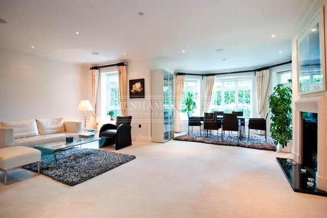 Thumbnail Flat to rent in Hampstead Way, Golders Green