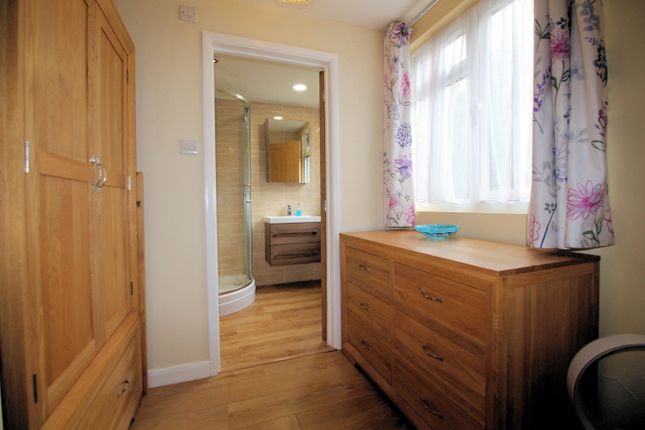 Master Bedroom of Wychwood Close, Sonning Common RG4