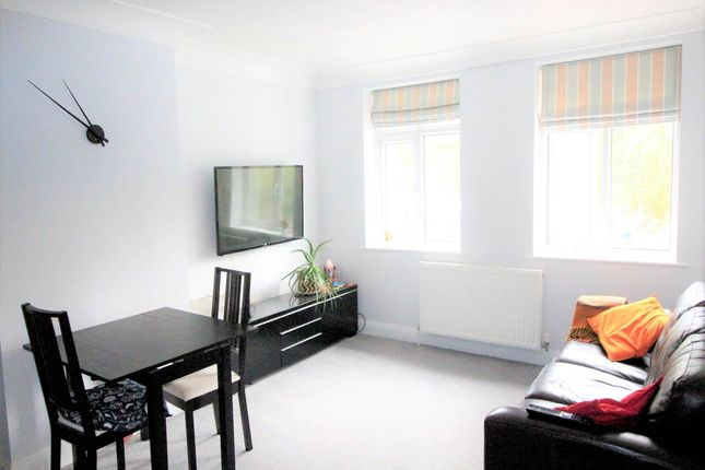 Thumbnail Room to rent in Stonegate Road, Meanwood, Leeds