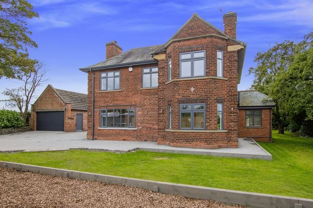 Thumbnail Detached house for sale in Bar Road, Saundby, Retford
