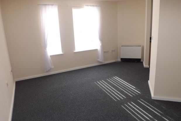 Thumbnail Flat to rent in Malahide Court, Widnes