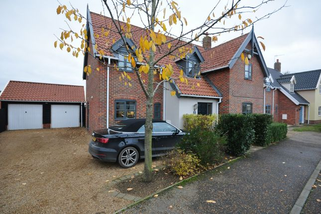 Thumbnail Detached house for sale in Diamond Close, Winfarthing, Diss