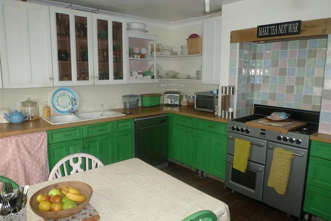 3 bed bungalow for sale in Singledge Lane, Whitfield, Dover, Kent