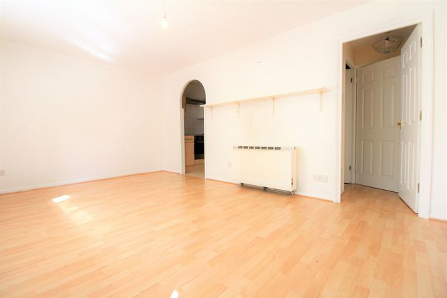 Thumbnail Studio for sale in Orchard Grove, Penge