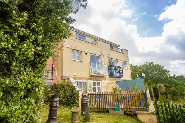 Town house for sale in Shaw Way, Plymstock