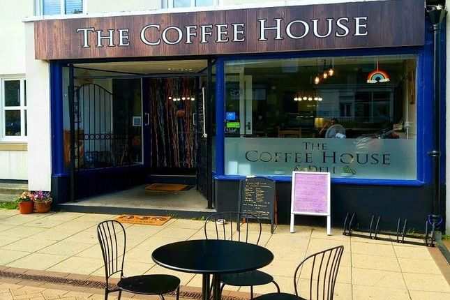 Thumbnail Restaurant/cafe for sale in Front Street, Newbiggin-By-The-Sea