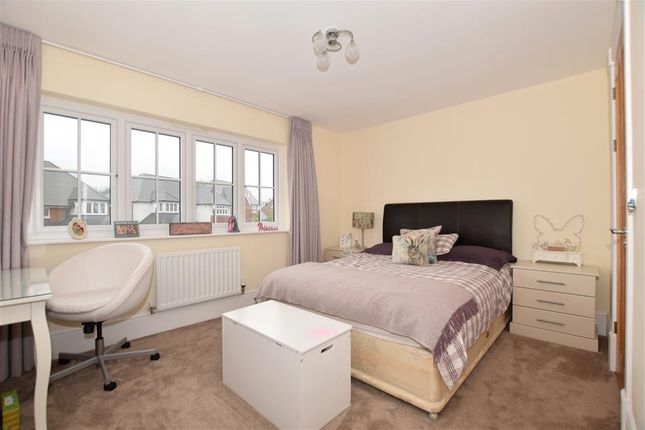 Bedroom 3 of Quarry Road, Ryarsh, West Malling, Kent ME19