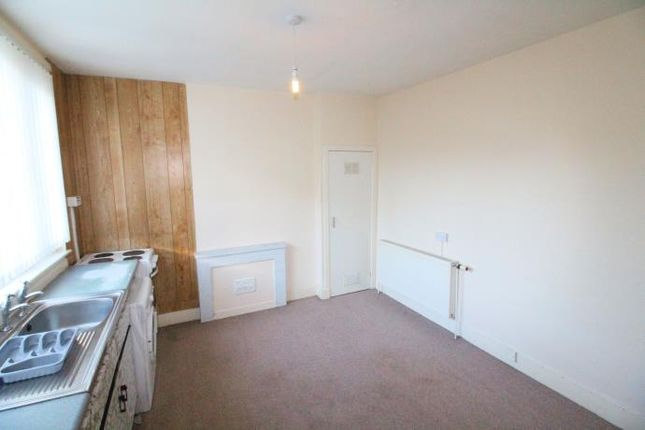 Thumbnail Flat to rent in Gladstone Place, Woodside, Aberdeen