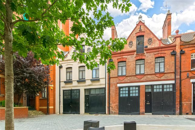 Thumbnail Mews house for sale in Bourdon Street, London