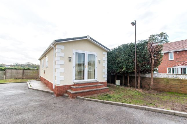 Mobile/park home for sale in Mobile Home Park, Lambeth Road, Balby, Doncaster