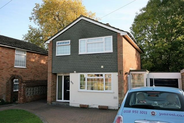3 bed property to rent in The Meadway, Tilehurst, Reading