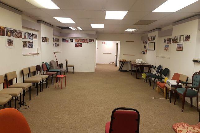 Office to let in Beckside Lane, Bradford
