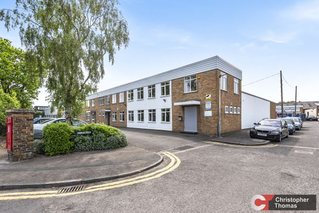 Thumbnail Industrial to let in Unit B2, Fairacres Estate, Dedworth Road, Windsor