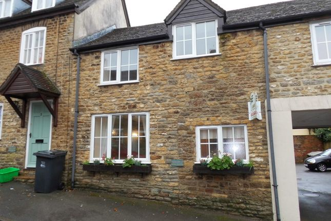 2 bed cottage to rent in Mill Street, Wincanton, Somerset