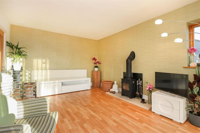 Living Room2 of Hackney Road, Hackney, Matlock DE4
