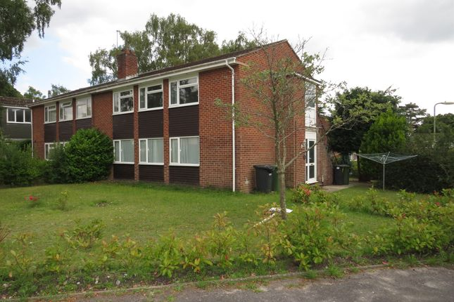 Thumbnail Maisonette for sale in Charnwood Crescent, Chandlers Ford, Eastleigh