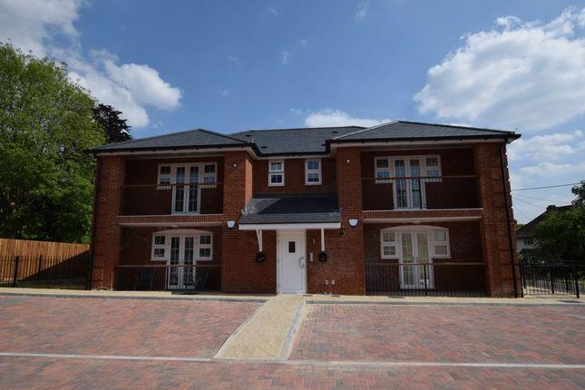 Thumbnail Flat to rent in Poppy Road, Princes Risborough