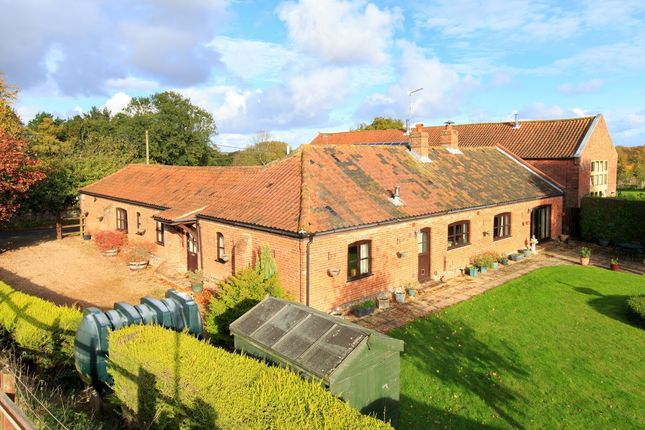 Thumbnail Barn conversion for sale in Lyngate Road, North Walsham
