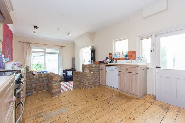 Thumbnail Property to rent in Fairmile Avenue, Streatham