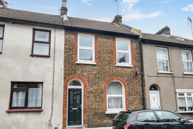 3 bed terraced house to rent in Range Road, Gravesend DA12