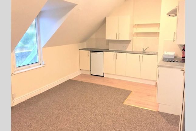 Thumbnail Flat to rent in Seamoor Road, Westbourne, Bournemouth