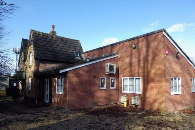 Thumbnail Office to let in Skilz House, Basingstoke